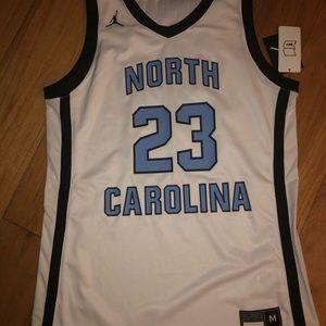Nike Jordan North Carolina Tar Heels men's Medium